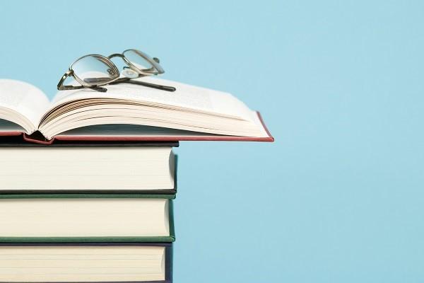 قبولی کنکور 1401 با مطالعه انوع کتب درسی